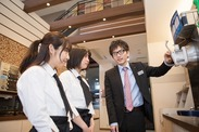 レディースルームもあるスタイリッシュなネットカフェでお仕事♪20代スタッフ活躍中!未経験さんも大歓迎です!