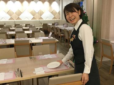 【サービスSTAFF】通勤しやすい好立地なホテル♪【JR環状線 福島駅前】大阪駅からも徒歩圏内!中心エリアだから、お仕事前後も楽しめますよ♪