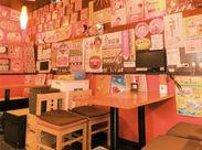 /難しい作業はゼロ★\ 飲食店のバイト経験が無くてもOK! 昭和レトロな駄菓子バーでNEWバイト♪