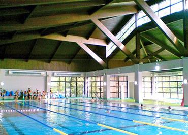 【プールの受付・監視員】<1日3時間>からできるプールの受付/監視員ヽ(o゚ω゚o)ノ◇未経験の方も歓迎!◇子ども水泳教室のお手伝いのお仕事もあります!