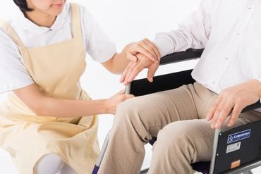 経験や資格は問いません! 初めて介護にふれる、という方からのご応募も お待ちしております◎