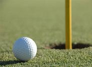 ゴルフ場内でのお仕事!大自然の中で気持ちよく働けます♪未経験の方も大歓迎◎ ※画像はイメージです。