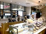 20店舗を展開する治一郎で安定ワーク♪ アトレ恵比寿店は、駅直結でアクセス抜群!通勤もラクラク★