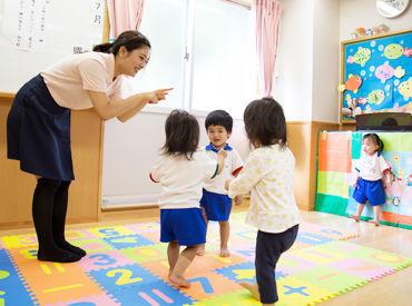 可愛い子どもたちに囲まれて・・・ ≪自然と笑顔になれる♪≫そんな職場環境です◎