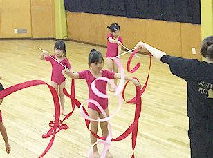 \新体操教室etc…楽しい教室が盛り沢山♪/ 「せんせい!できたよ!」 子どもたちの成長を間近で見られます!