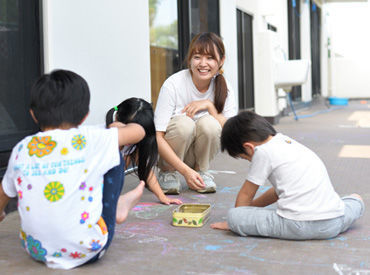 1クラスに複数名の先生を配置/事務作業を軽減/イベントを少なめにetc. 目の前の児童とじっくり向き合える環境を整えています!
