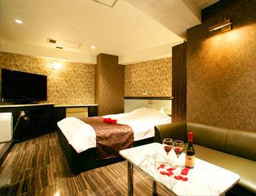 ≪キレイなデザイナーズホテル*.≫ 清潔な環境でのびのびと働けます◎ 未経験から始めたスタッフも多数で安心です!