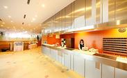 【成田空港内のホテル】 成田空港から世界に向けて 日本の「一流サービス」を発信しています! ⇒自然に接客のスキルもGET☆