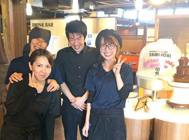 【店内Staff】\働きやすさピカイチ★/優しい店長が何でも聞いてくれる♪*シフトの調整*食べたいまかない…etc学生~主婦まで皆仲良し◎
