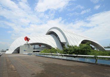 大きな大会も開かれる、日本屈指の水泳場です!日々、いろいろな刺激を味わえますよ★