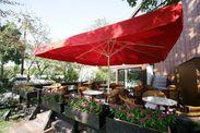 テラスもあるカフェのような店内♪まるでリゾート気分を味わえる施設♪友達に自慢しちゃおう♪