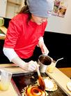 しっかりサポートしてもらえるから、お好み焼きの焼き方もバッチリ身につきます♪華麗な技をお家でも披露しちゃおう!