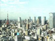 オフィスは汐留の35F♪眺めも最高です★ 英語力を活かせる翻訳スタッフのお仕事も同時募集中です◎