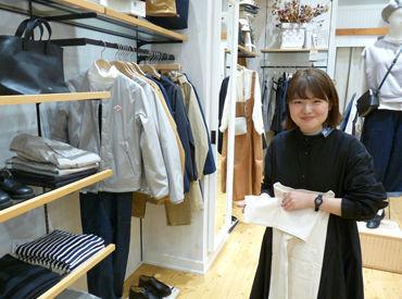 未経験の方大歓迎!(^^)b 洋服好きの方必見! 優しい先輩達がアナタをサポート♪