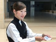 東京オペラシティコンサートホール、新国立劇場などで大募集★学生・フリーター・副業・主婦(夫)歓迎♪英語力も活かせます!