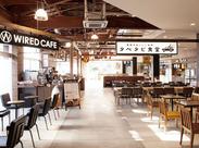 「人とは違う場所で働いてみたい!」―そんなちょっとした夢も叶う、市原SA内カフェスタッフのオシゴト。