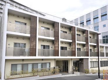 高田馬場駅からすぐにある 5年前にできたばかりの綺麗な施設♪ 髪色・服装自由! 20~50代の方が活躍中です*