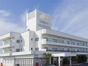 ★★周囲を海が囲うホテル★★ 海を愛する人が集う1965年創業の 歴史あるマリーナホテルです♪ 夏は特に賑わってますよ!!!