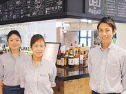 レストラン&Barのコンセプトは『大人のファミレス』◎調理業務のほか、メニュー提案できるのもPOINT★
