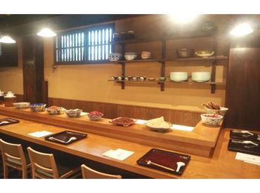 本格料理が口コミでも評判☆ お仕事は徐々に覚えていければOK♪ 本格料理なのでキッチン経験も活かせます!!