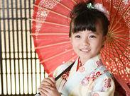 子ども好きも大歓迎!!七五三やお祝いごとの際の記念の1枚を彩ります★子どもの笑顔に癒されることも…♪