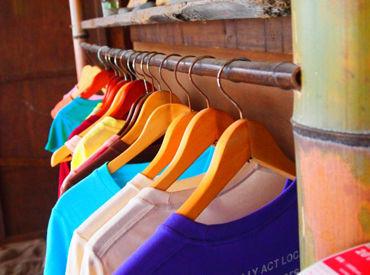 \NEW STAFF大募集/一緒に始める方がたくさんいるので安心です*色々なTシャツを扱うので、毎日新鮮♪