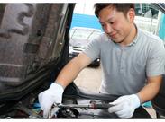 スタッフは20~30代が中心♪未経験OK!まずは洗車などの簡単な作業からのスタートできます♪車の知識がなくても大丈夫!