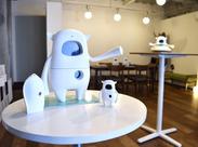 """人口知能ロボット""""Musio""""の販売スタッフ☆* 立地は話題のお店が集まる最新スポットです♪店内は""""Musio""""のカワイイグッズだらけ★"""