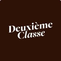 """【DEUXIEMECLASSEスタッフ】★""""ドゥーズィエム クラス""""★世界中から集めてきた上質でハイセンスなアイテムをセレクト!時給1300円~しっかり稼げる♪"""