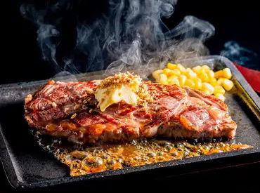 ★まかないが最っ高!!★ ステーキも食べられる素敵なまかないあり◎ お肉好きさん、待ってます!!