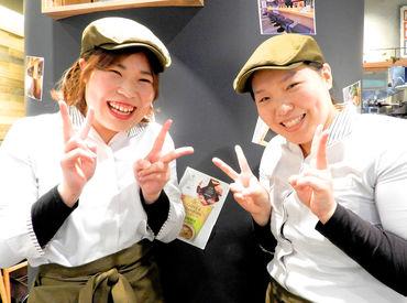 制服がお洒落でかわいい♪まるでカフェの店員さん!