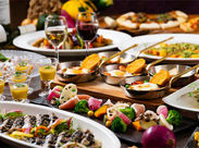クレメント内のカフェでスタッフ大募集! 「見てて楽しい♪食べておいしい♪」そんな料理を一緒にご提供しませんか?