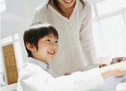 子どもたちの夢の実現のお手伝い☆未経験からスタートOK! 大学生の方、多数活躍中です♪週1~OKだからプライベートも充実★