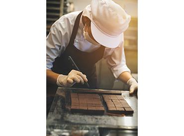 【マネージャー(候補)】伊丹駅★フランス焼き菓子専門でアシスタントMGR★