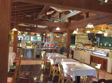 店内のインテリアにもこだわってます★ ランチタイミはドルチェが食べ放題♪ 幅広い層に人気のお店です◎