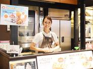 週2日/3h~でしっかり☆夏休みだけの短期もOK♪ カフェ初心者さん大歓迎!.:。+゚  おしゃれなCAFE☆彡高校生大歓迎◎