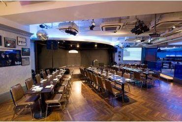 【ホールサービス】◆ライブレストランHIT STUDIO TOKYO◆一味違うレアバイト、経験してみませんか?秋に向けて楽しくバイトしよう☆彡