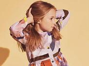 洋服好きなアナタにピッタリ!ヨーロッパ―ブランドのキッズサイズを展開しているお店で、可愛い服に囲まれてお仕事しませんか?