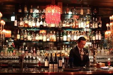 """【レストラン&バーSTAFF】""""ヨーロッパの街角風レストラン♪""""""""JAZZが聴ける""""大人のバーラウンジ""""2店舗合同募集★あなたはどちらで働きますか??"""