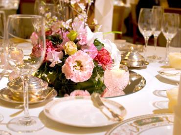 【ホール】*◆ 洗練された大人な快適空間 ◆*四季それぞれの料理が楽しめるお店!未経験OK!周りのフォローがあるから安心♪