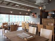 あこがれのおしゃれカフェ&レストランで働こう♪落ち着いた雰囲気で働きやすさも◎ ※写真はイメージ