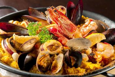 【スペイン料理】人気スペイン料理店◆あなた独自のおもてなし×最高のお料理⇒たくさんの笑顔に出会えるお仕事…♪+オープニング店舗あり