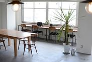 スタジオは新宿・四谷・恵比寿・品川・有楽町・池袋・横浜・神田・四条烏丸・梅田にあります。お洒落な内装です。