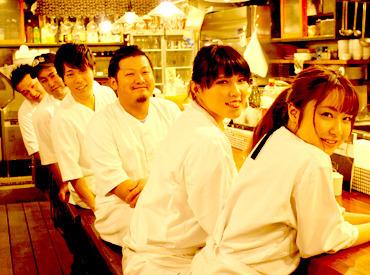 【ホール】\ここゾ、THEお洒落バイト/ドア開けてビックリ…シャレオツな店内にイケイケSTAFF美味しそうな料理―。≪NEW STAFF急募≫