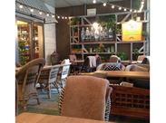 レモンの木が印象的な丸の内のお洒落カフェ♪季節を感じられるオープンエアのテラス席が大人気です!