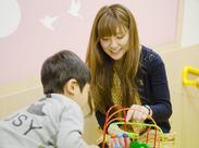 未経験から始めた 男性のスタッフも活躍中☆彡 子ども達に漢字の成り立ちを イメージし、理解してもらおう! という練習です♪