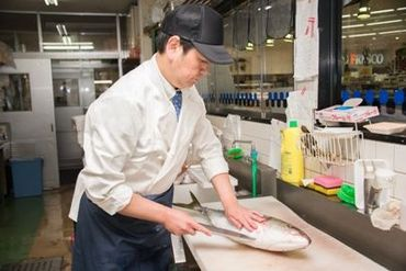 オープニングにつきスタッフ大募集◎ お惣菜・精肉売り場スタッフも同時募集中です!