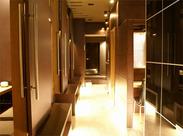 居酒屋とは思えないオシャレな店内!個室が多く、周りを気にせず、ゆっくり寛いでいただいています。