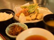 ウレシイ♪超豪華★この、天ぷら定食もまかないで食べられちゃう◎まかないの<レベル>も<種類>も都内TOPレベル★