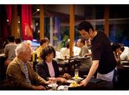 お客さまは大人な方が多く、お酒が豊富なため、知識が増えますよ!